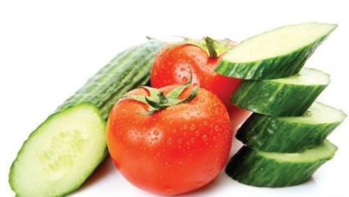 Dưa chuột và cà chua