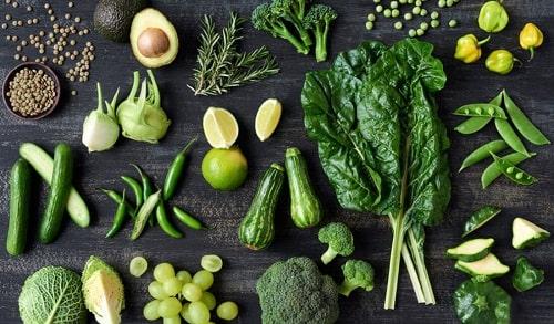 Nên bảo quản các loại rau lá xanh đậm như thế nào?