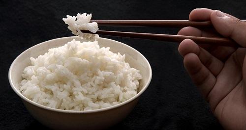 thực đơn ăn chay đúng cách là không ăn quá nhiều cơm