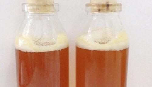 7. Dựa vào độ tạo ga và tạo bọt để phân biệt mật ong rừng